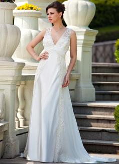 Corte A/Princesa Escote en V Cola corte Chifón Charmeuse Vestido de novia con Volantes Encaje Bordado