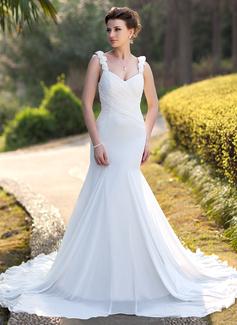 Trumpet/Mermaid Sweetheart Chapel Train Chiffon Wedding Dress With Ruffle Beading