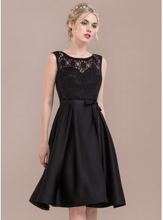 A-Line/Princess Scoop Neck Knee-Length Satin Lace Homecoming Dress With Bow(s)
