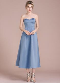 A-Line/Princess Sweetheart Tea-Length Satin Cocktail Dress