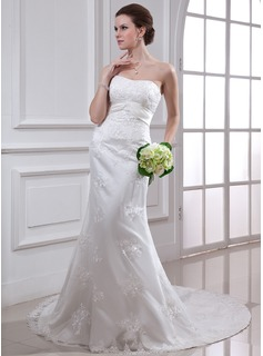 Trumpet/Mermaid Sweetheart Chapel Train Satin Wedding Dress With Beading Appliques Lace
