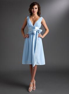 A-Linie/Princess-Linie V-Ausschnitt Knielang Chiffon Brautjungfernkleid mit Rüschen Schleifenbänder/Stoffgürtel Schleife(n)