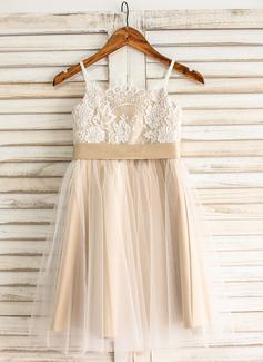 A-Line/Princess Knee-Length Tulle Junior Bridesmaid Dress With Sash Bow(s)