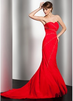 Trompete/Meerjungfrau-Linie Herzausschnitt Sweep/Pinsel zug Chiffon Abendkleid mit Perlen verziert